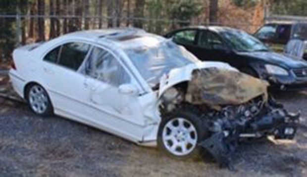 Teen Causes Horrific Car Crash While Playing With Snapchats Speed Filter crash3