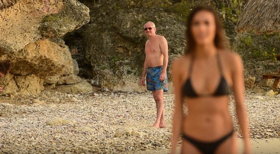 Awkward Moment Old Guy Is Caught On Cam Checking Out Bikini Model creep1
