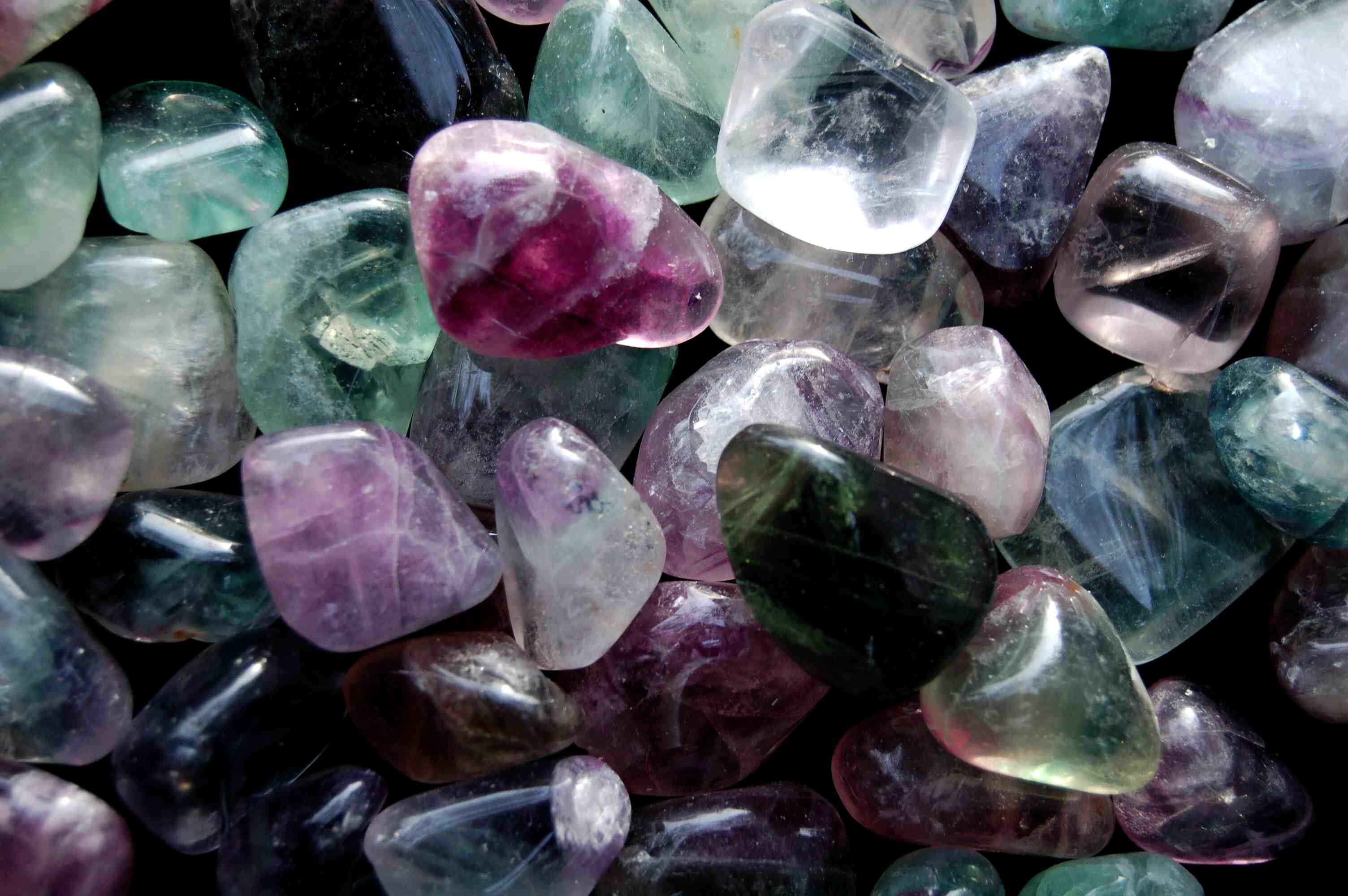 Adele Tells Fans Shes Going To Become A Witch, Because Why Not? crystal healing 1