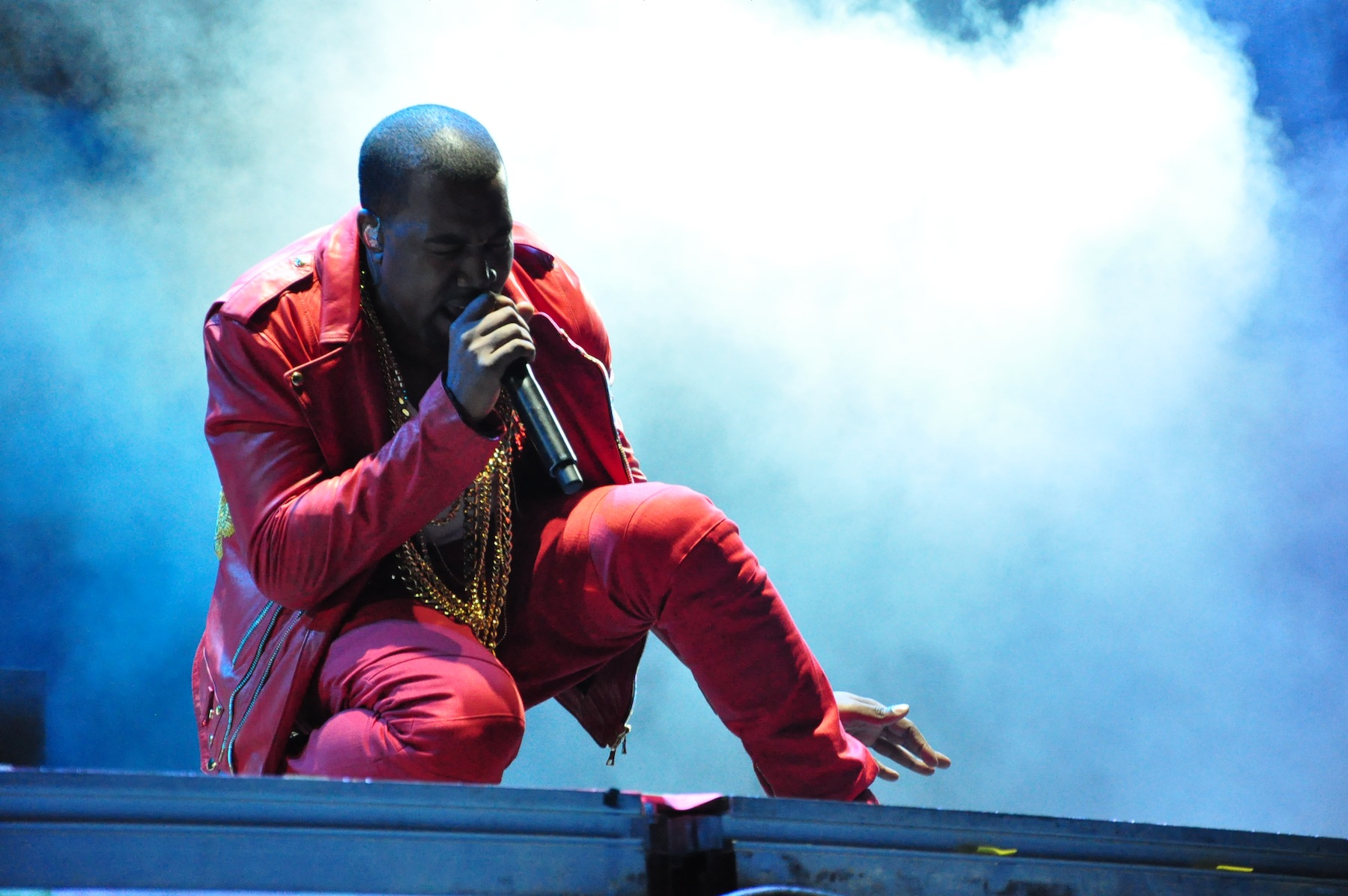Kanye West Is Now Getting Sued Over His Latest Album kanye2