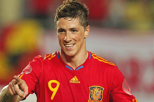Lets Take A Moment To Talk About The Revival Of Torres nando5