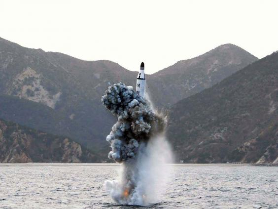 north-korea-sub-launch-2