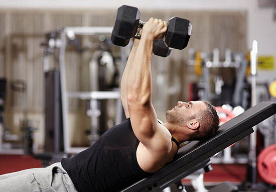 There S Bad News For People Who Use Free Weights At The Gym