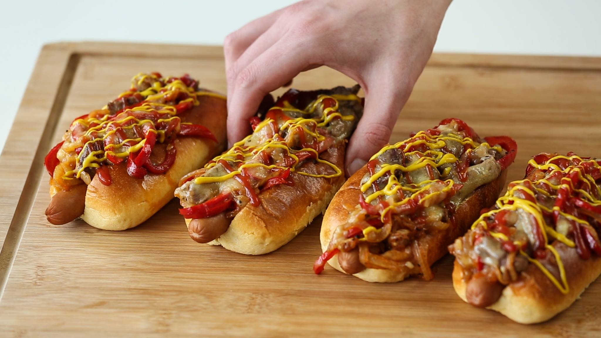 Heres How You Make Philly Cheese Steak Dogs 13287924 10154124017099361 679455497 o