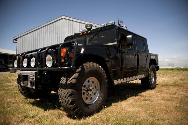 Tupacs Hummer Is Being Auctioned For Ridiculous Money 225f4b5757273fb38479d9ba82a71deb