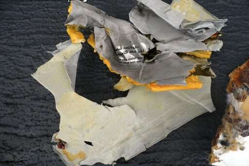 Egyptian Military Releases First Images Of EgyptAir Wreckage Debris of the Egyptair crash 3