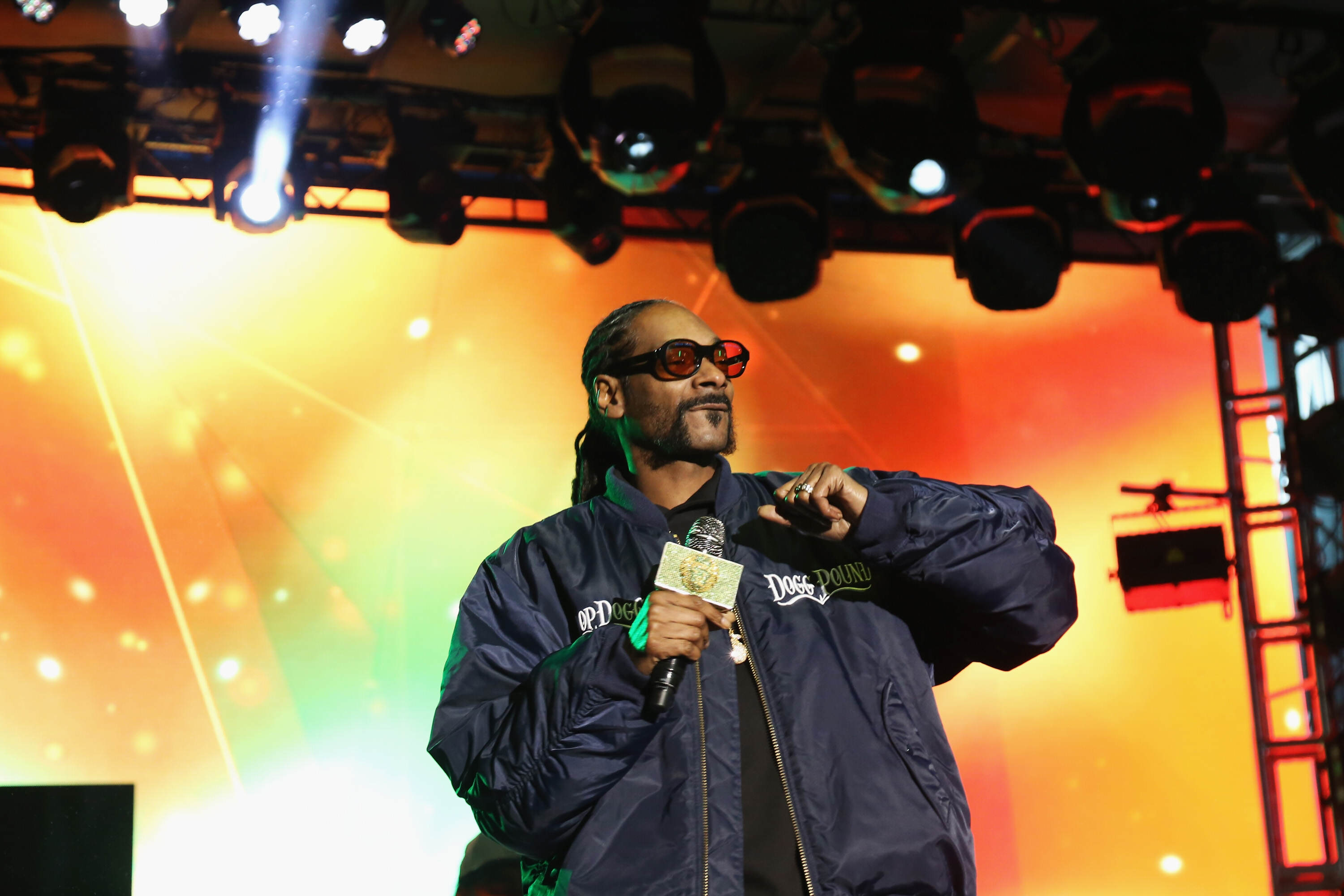Snoop Dogg Has Some Interesting Thoughts On Death And The Afterlife GettyImages 527861276