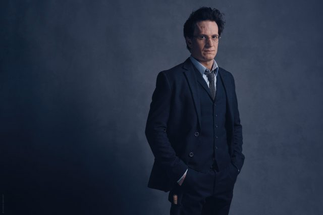 Cast Photos For New Harry Potter Revealed, And Harry Looks Old HP 19753 Harry FL 640x426