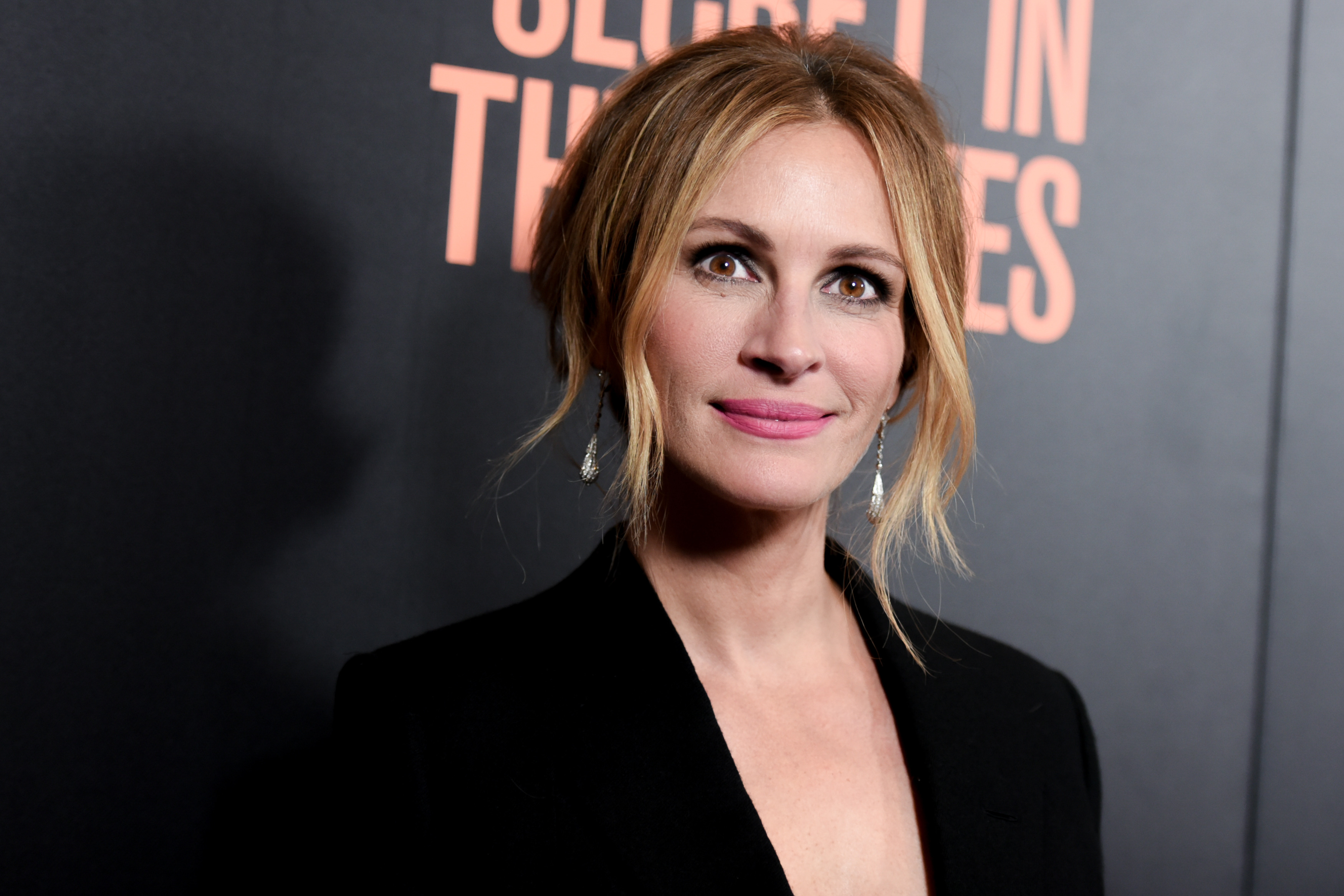 Heres How Much Julia Roberts Makes In One Day PA 24729750