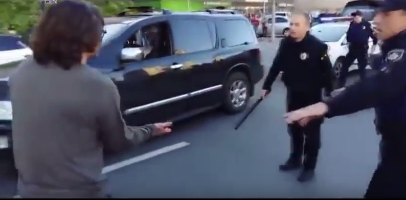 Former Wrestling Champ Fights Off Seven Police Officers In Epic Street Brawl Screen Shot 2016 05 01 at 11.32.29