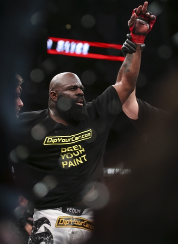 Dada 5000 Claims Conspiracy Behind Kimbo Slice Fight Which Nearly Killed Him Screen Shot 2016 05 09 at 18.51.18