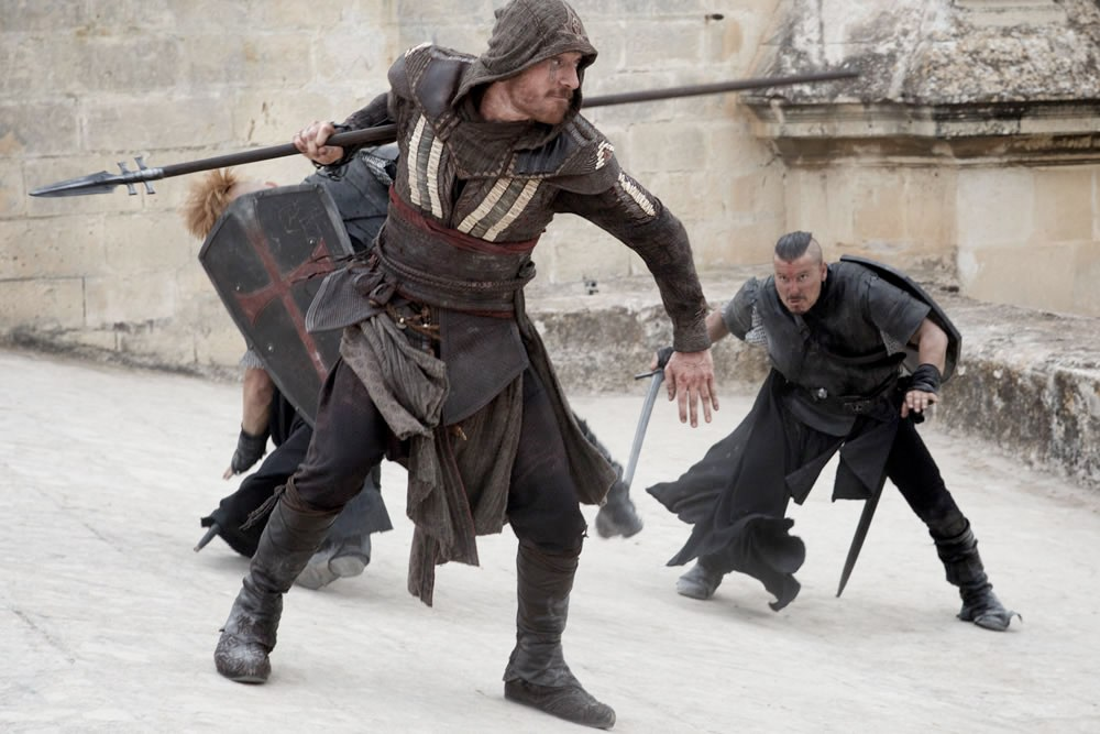First Assassins Creed Movie Trailer Teased With New Images assasinscreed fassbender spear full