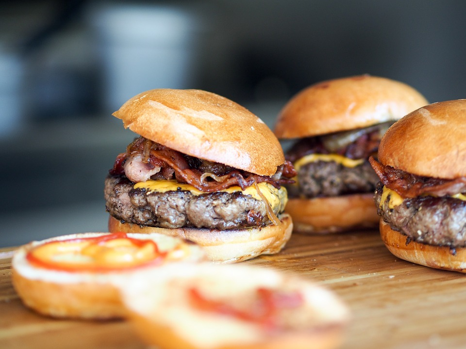 New Study Reveals Gruesome Stuff Found In Burgers burger1