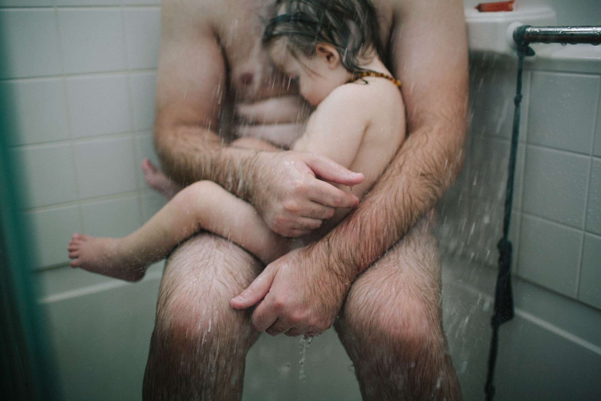 People Are Freaking Out Over This Father And Son Photo dad son 1
