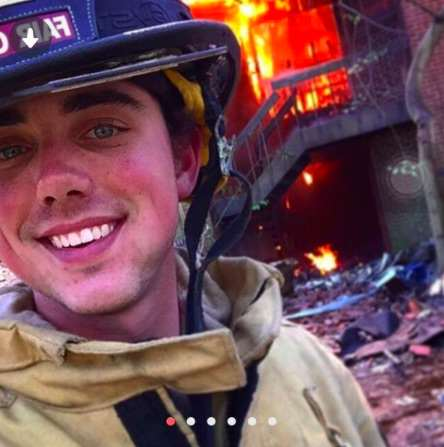 Firefighter Goes Viral With Most Millennial Tinder Profile Pic Ever fire1