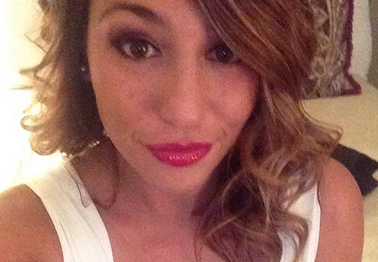 Woman Loses Job Offer After Employer Sees This Lesbian Photo picweb
