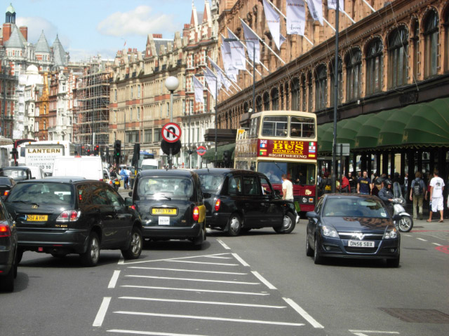 New Report Reveals Britain And Irelands Most Polluted Cities traffic1