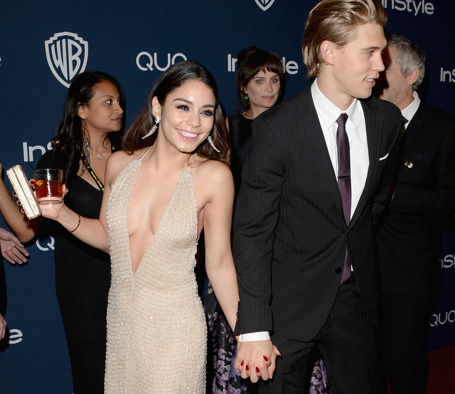 Vanessa Hudgens Fined For Public Display Of Affection vanessa hudgens austin butler 02 getty rdy