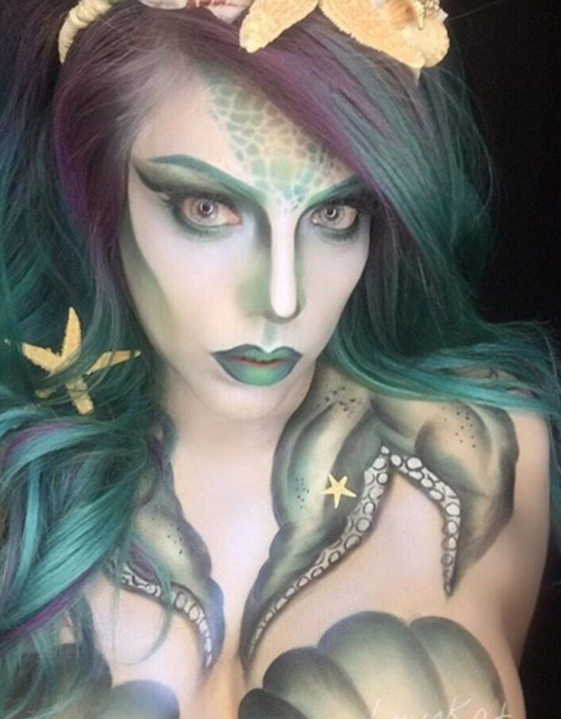 This New Makeup Trend Is Taking Instagram By Storm 35B53EE500000578 3661606 Body paint Another Instagrammer shares her darker take on the se a 2 1467012220754