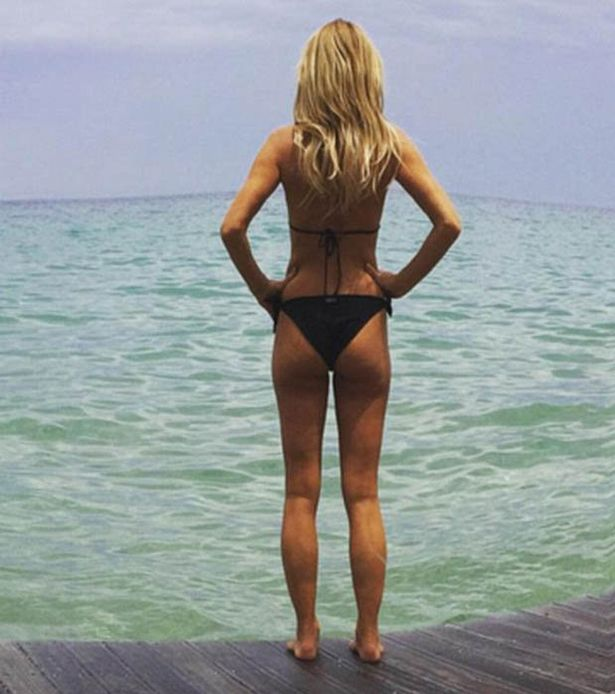 Amanda Holden Forced To Delete This Bikini Shot After Photoshop Accusations Amanda Holden photoshop fail on Instagram