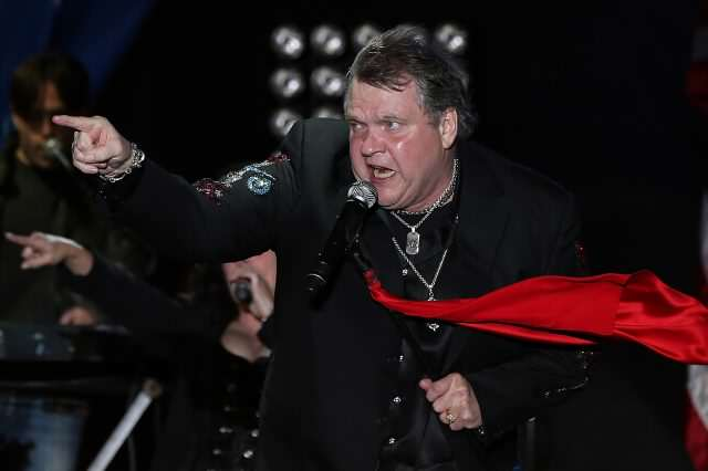 Rocker Meat Loaf Collapses While Performing On Stage GettyImages 154761155 640x426