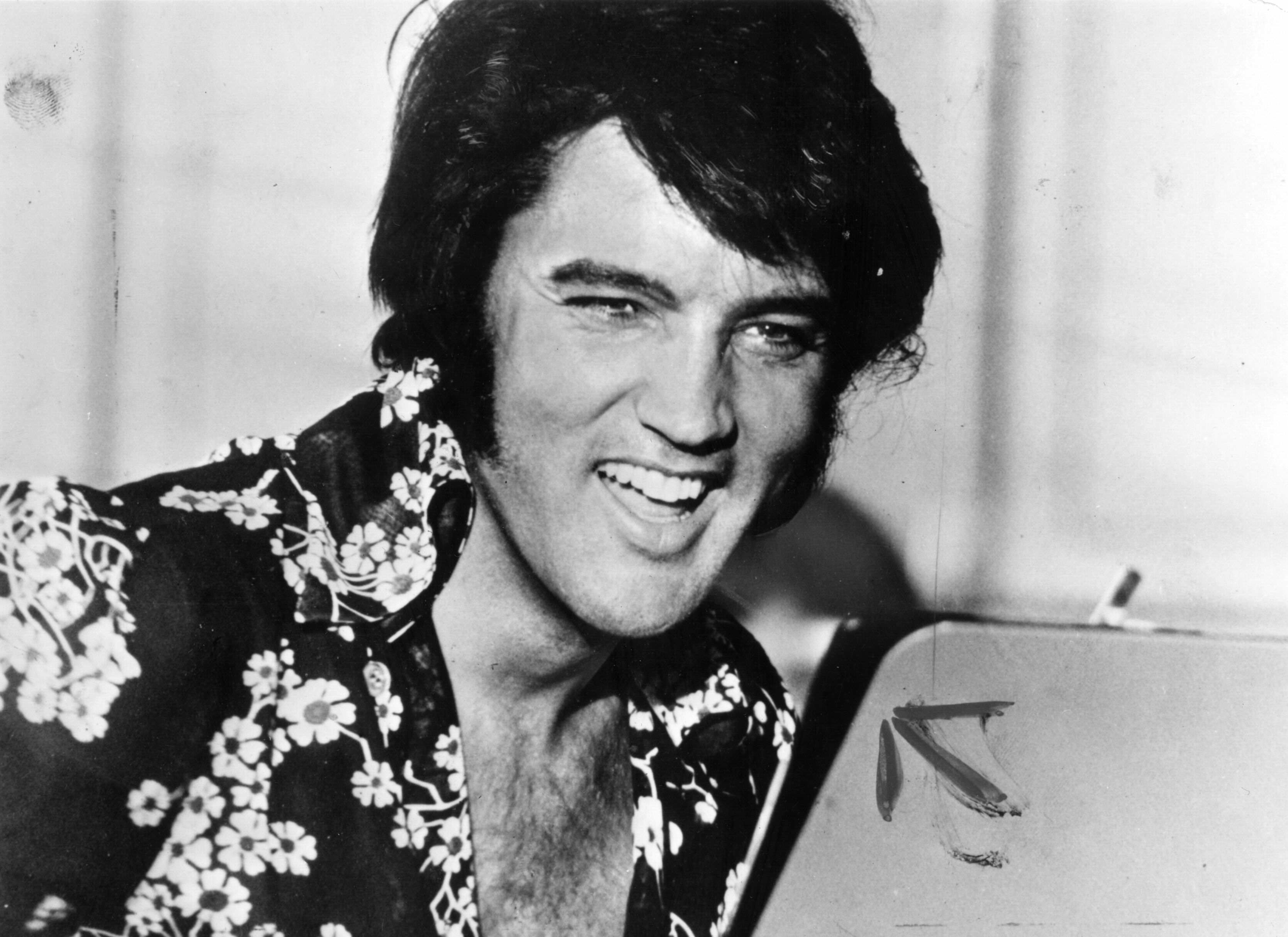 People Are Convinced That Elvis Presley Is Alive And Its This Guy GettyImages 3381340