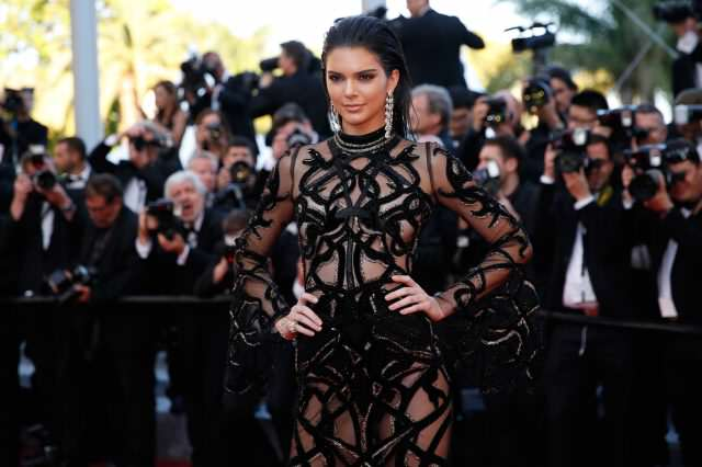 Kendal Jenner Reveals Nipples Again And Daily Mail Readers Go Into Creepy Meltdown GettyImages 531600988 640x426