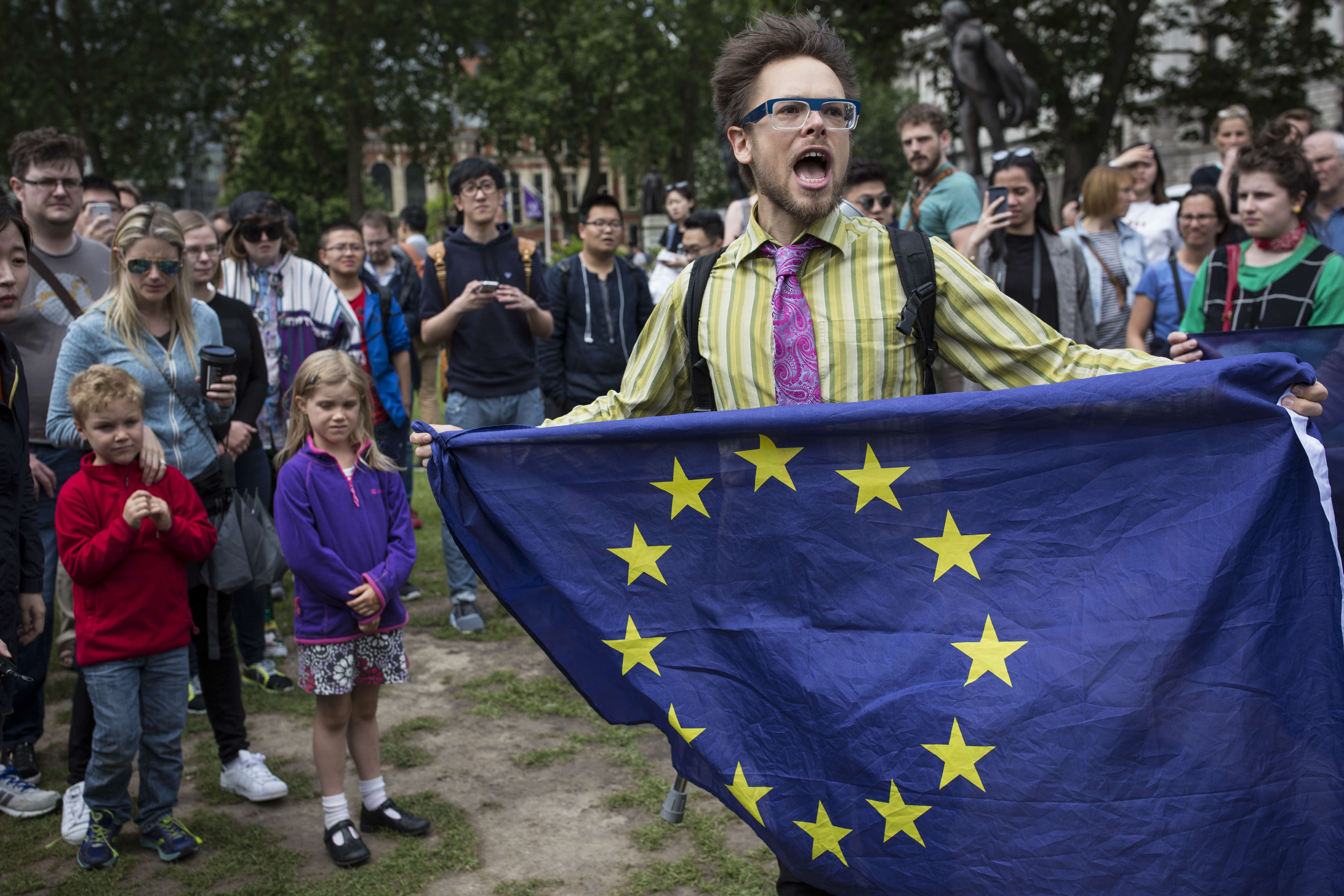 Extraordinary Amount Of People Sign Petition Calling For Second EU Referendum GettyImages 542919948