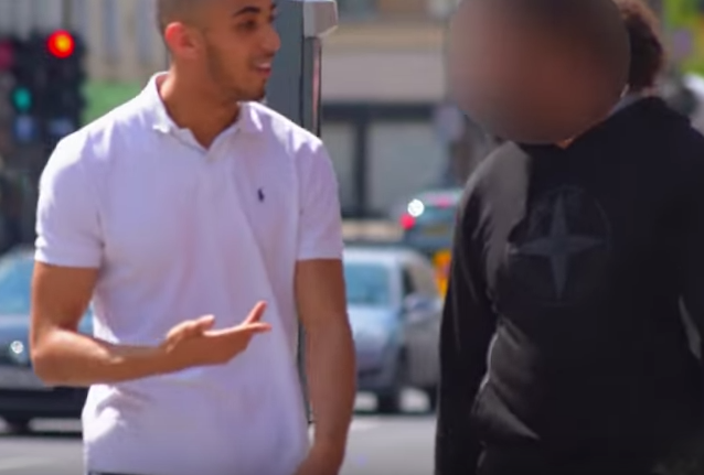 YouTube Pranksters Joke Massively Backfires As Victim Threatens Him With Knife Screen Shot 2016 06 04 at 14.06.43