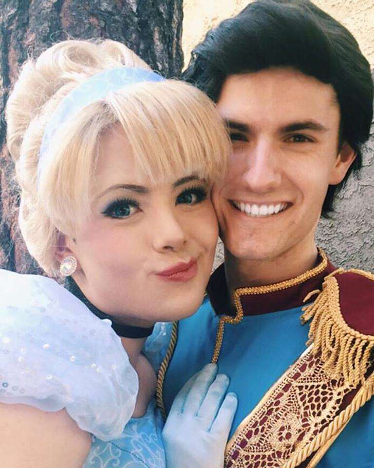 Disney Princess Cosplay Star Goes Viral, But Can You Tell Why? disney 2