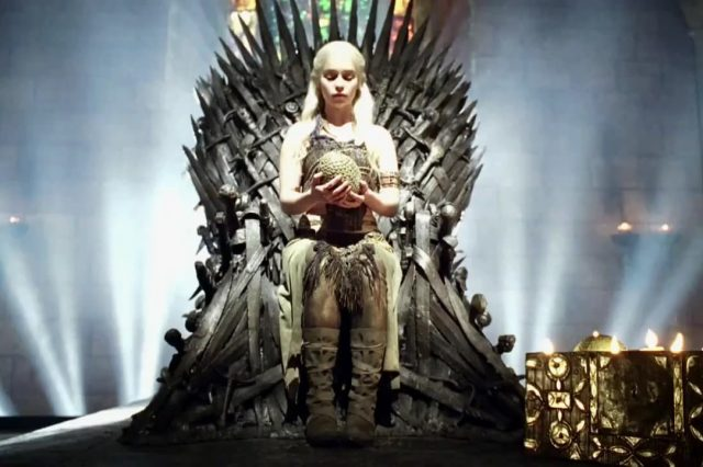 This Daenerys Fan Theory Could Flip Game Of Thrones On Its Head eIb868P 640x426
