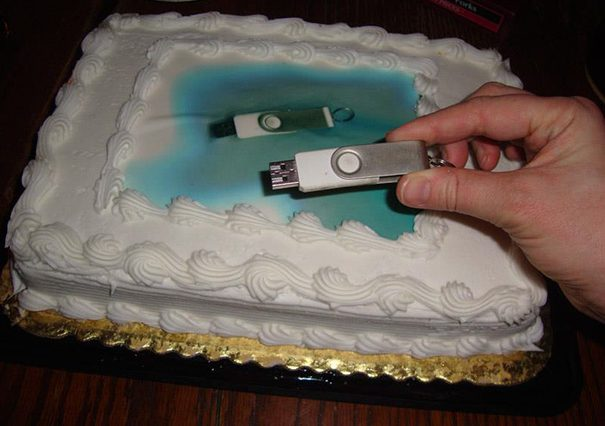funny-literal-cake-decorations-fails-1-57626acf3eac1__605