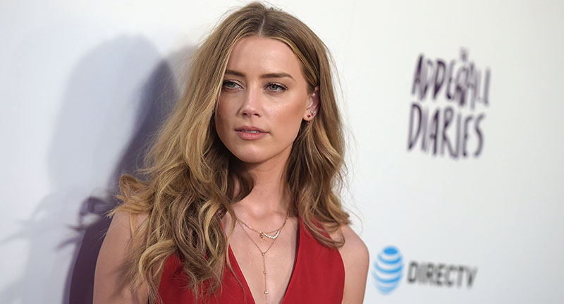 Another Actor Defends Johnny Depp With Shocking Accusations Of Amber Heard heard fb
