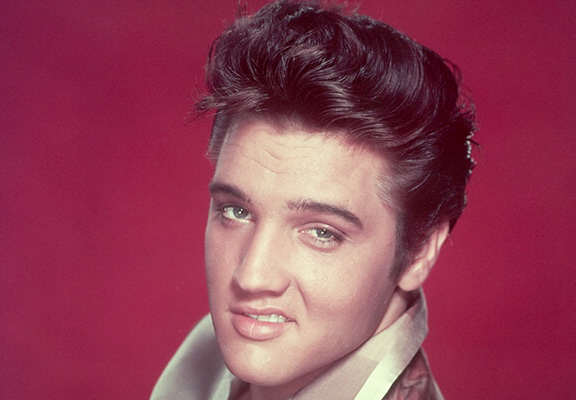 People Are Convinced That Elvis Presley Is Alive And Its This Guy presley web thumb