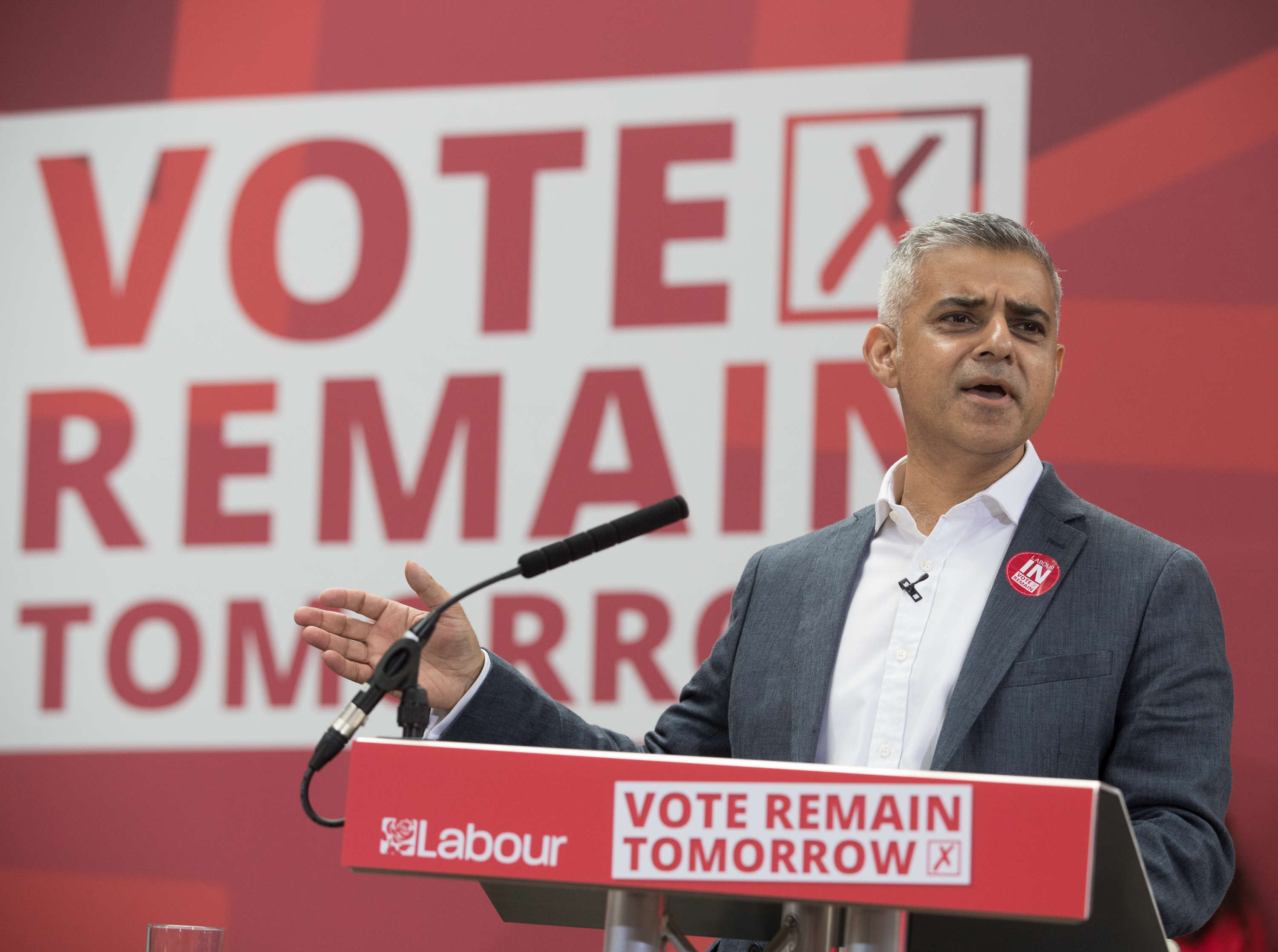Brexit Has Pushed Thousands Of Londoners To Take This Extreme Action sadiq11