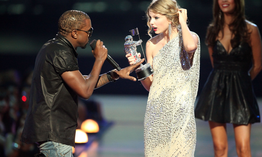 Taylor Swift Responds To Appearing Nude In Kanye Wests Famous Video taylor kanye 1