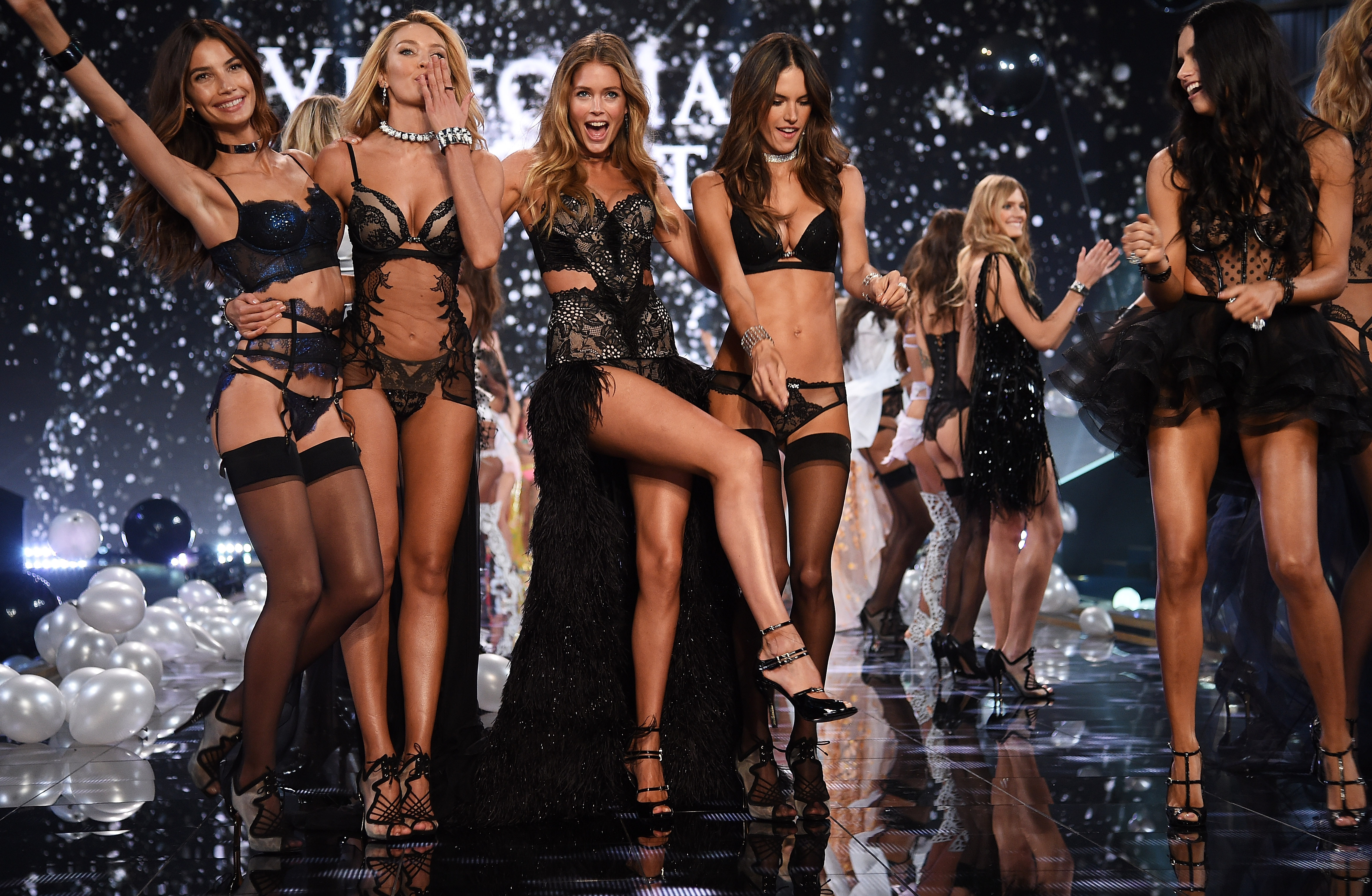 This Is Why Victorias Secret Models Always Have Great Cleavage GettyImages 459853378