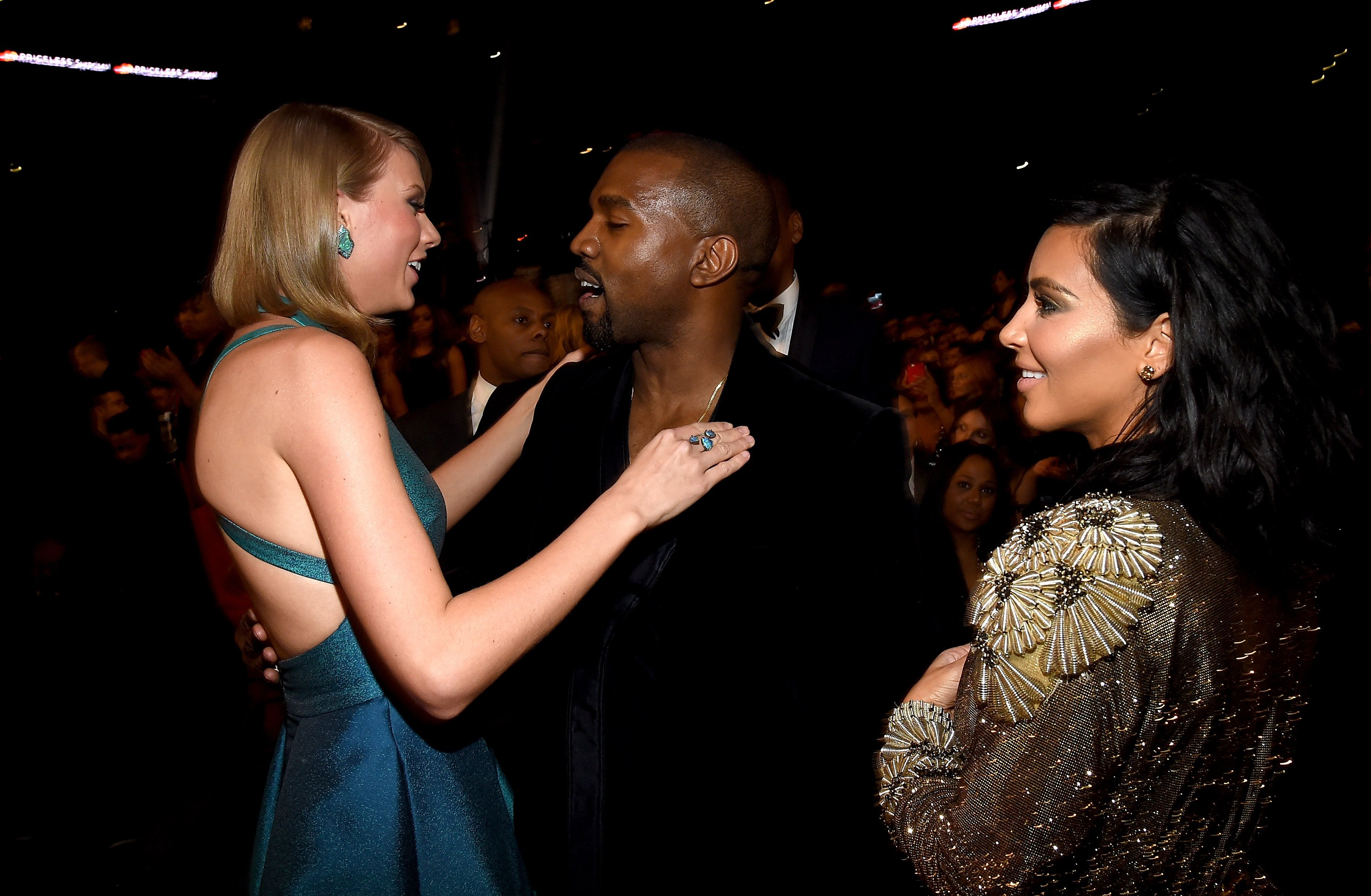 Everyone Thinks Kanye Wore This Hugely Inappropriate Taylor Swift T Shirt GettyImages 463036782 4