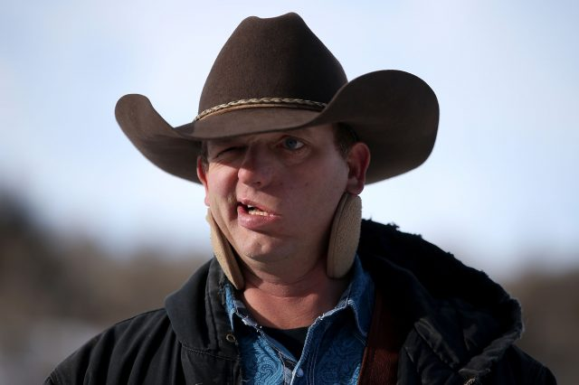 Oregon Militia Leader Attempts Cartoon Style Breakout Attempt GettyImages 503650452 640x426