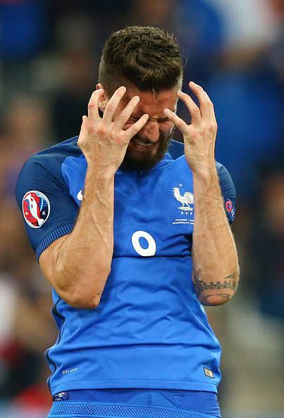 Wenger Eyes Sensational Swap With World Star In, Giroud Out? Giroud France Sad Getty