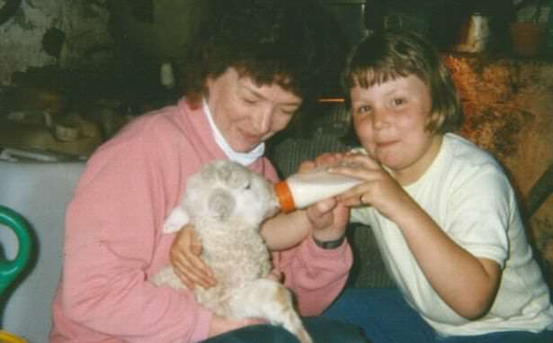 Kimberley-and-her-mum-Ann-at-the-farm