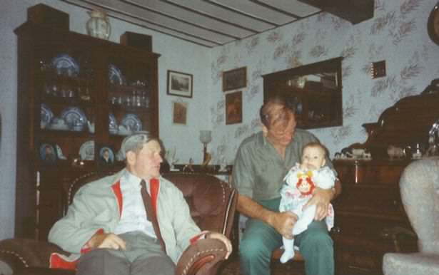 Kimberleys-late-great-uncle-Donald-Kens-brother-in-law-married-to-his-sister-Marjorie-Ken-and-Kimberley-as-a-baby
