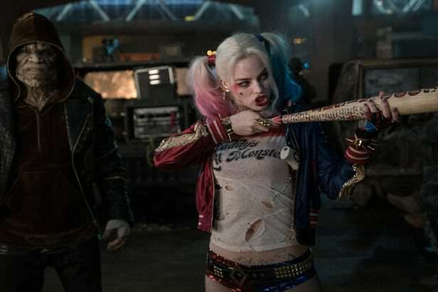 Will Smith Learns You Shouldnt Make Mum Jokes To Margot Robbie Margot Robbie Suicide Squad