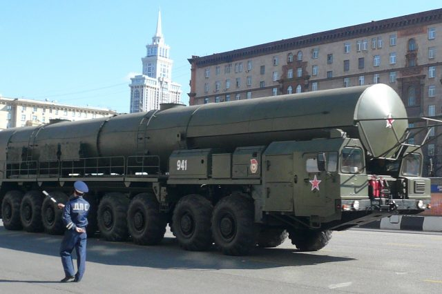 World War 3 Could Break Out Overnight Warns Military Experts Russian army rocket complex 640x426