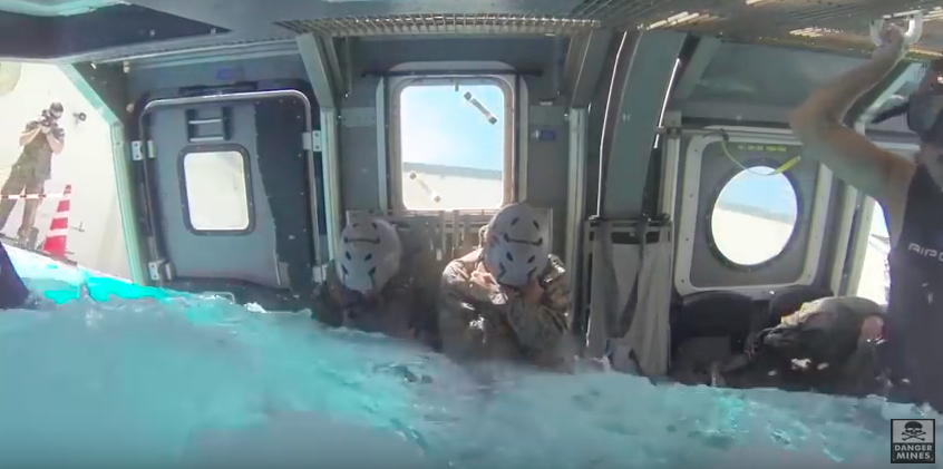 The Marines Underwater Helicopter Drill Looks F*cking Terrifying Screen Shot 2016 07 27 at 14.20.18