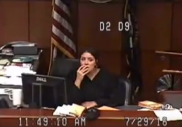 Jail Sends Woman To Court With No Pants, Judge Goes Ballistic Screen Shot 2016 07 31 at 11.18.28