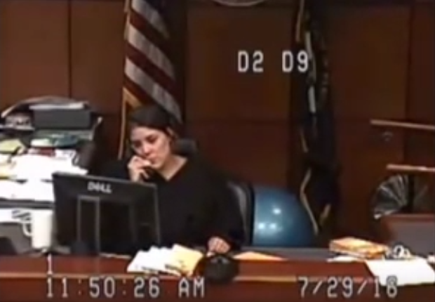 Jail Sends Woman To Court With No Pants, Judge Goes Ballistic Screen Shot 2016 07 31 at 11.23.34