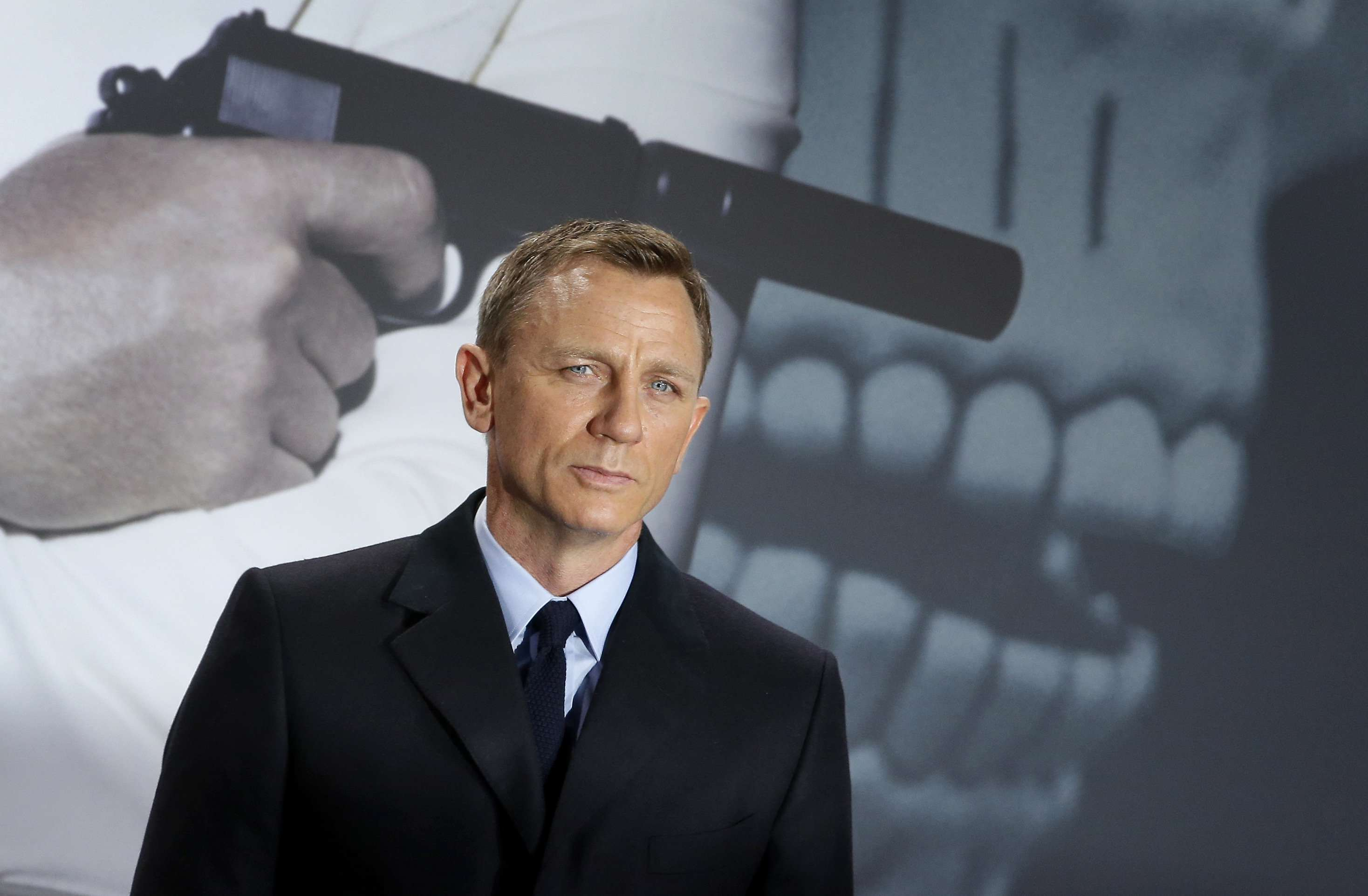 Here Are The Bookies Favourites To Play The Next Bond Girl craig1 1 1 1