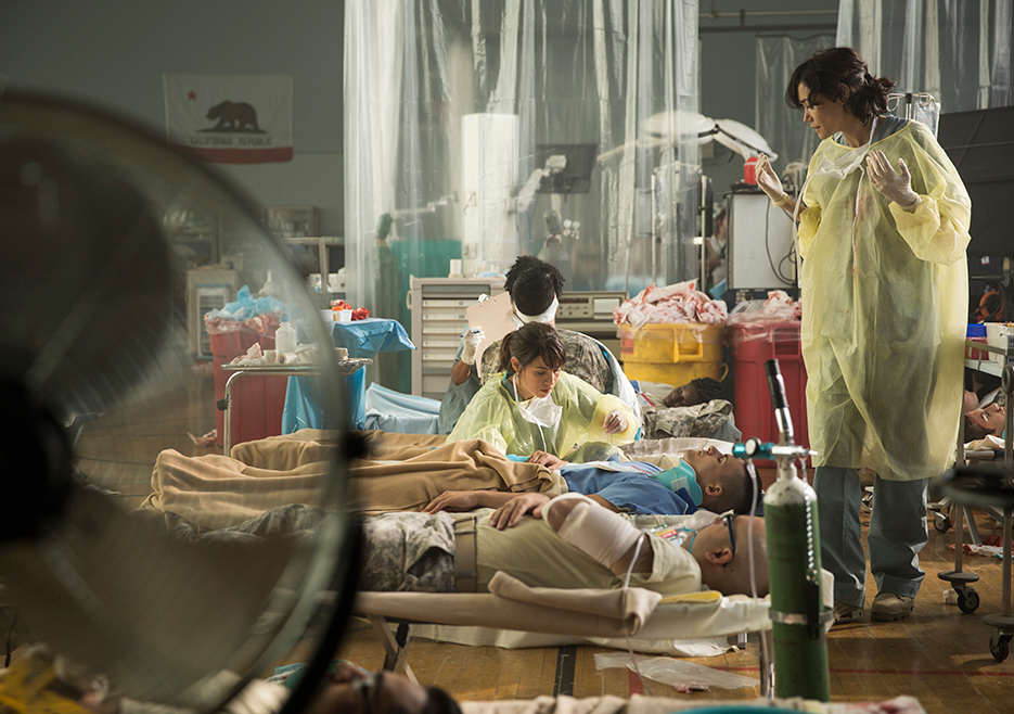 Pentagon Nurses Are Training For A Zombie Apocalypse fear the walking dead episode 105 liza rodriguez 2 935