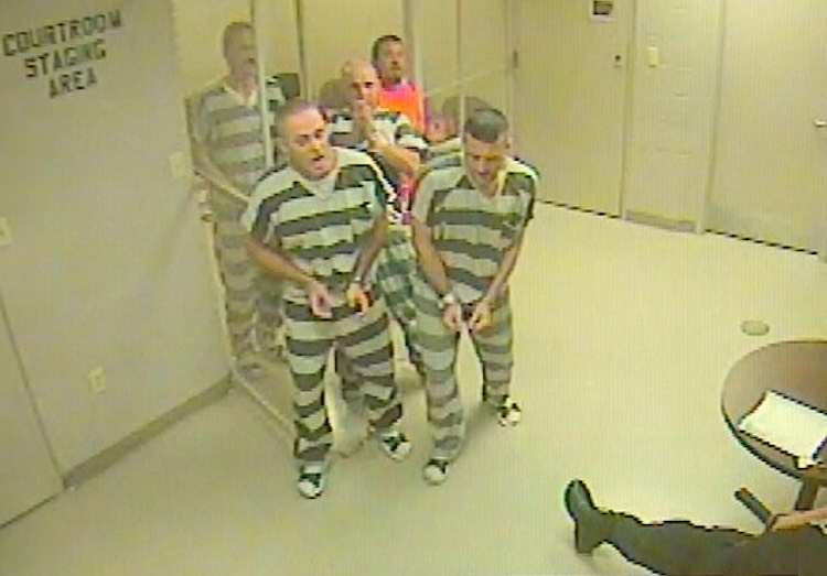 These Prisoners Broke Out Of Jail For The Best Reason guard2